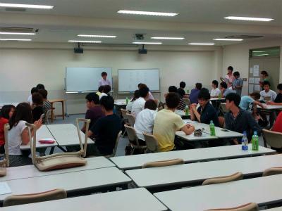 学生自治会による企画(グループワーク).jpg