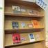留学生のおすすめ本、展示してます!