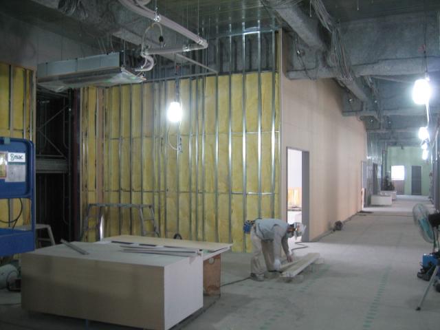本体棟2階壁ボード張り状況20091013.JPG